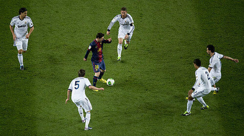 messiSurrounded